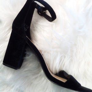 "Gap Black Velvet Ankle Strap 3.5"" Block Heel SZ 9"